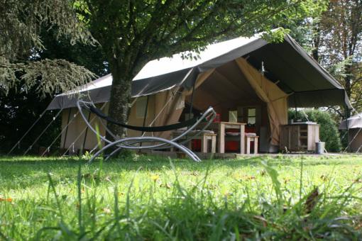 Le renard u keuken en sanitair in de tent u kindvriendelijk terras